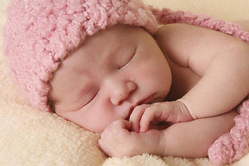 女の子の赤ちゃんの画像