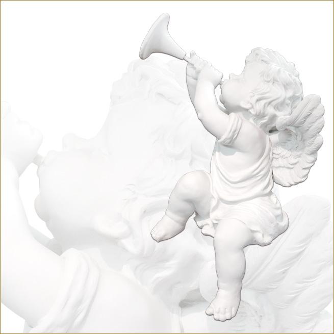 天使の置物の画像