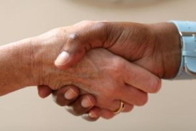 握手する夢に隠された意味とは