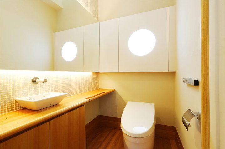 トイレの夢に隠された意味とは